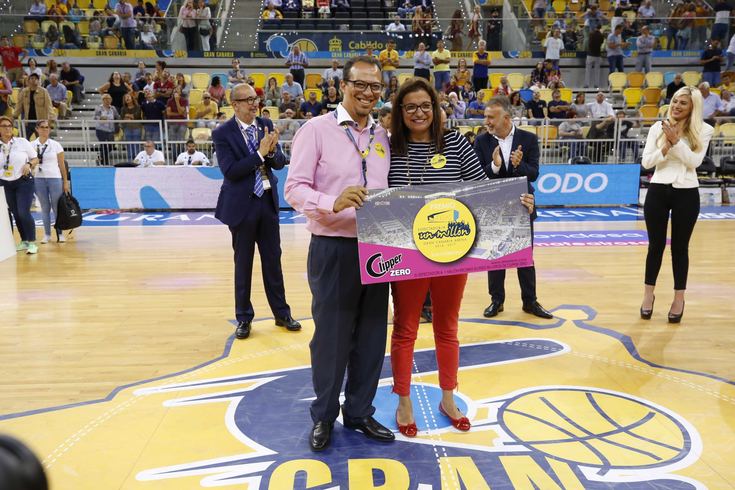 Aficionada 1 millón Gran Canaria Arena